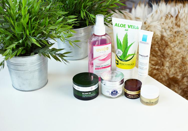 Moja pielęgnacja twarzy i codzienne oczyszczanie - kosmetyki, których obecnie używam - Czytaj więcej »
