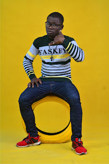 """6 - SKIP - ZEE releases hot new pictures in anticipation of his debut single """"HOLIDAY"""""""