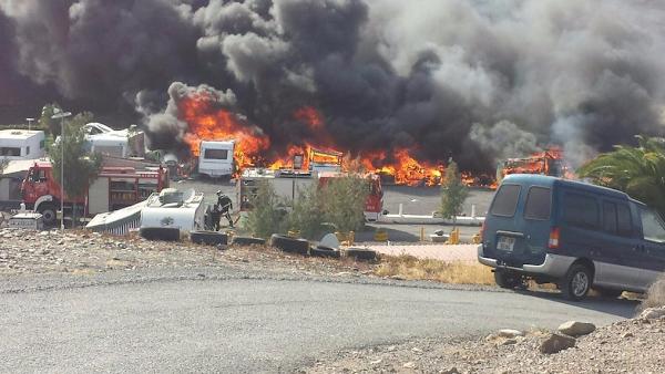 Caravanas incendiadas en El Berriel, San Bartolomé de Tirajana