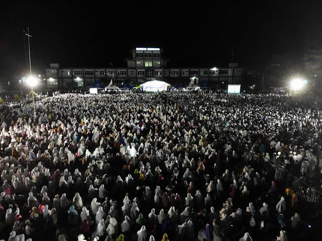 Tadi Malam di Papua, Inikah Kuasa Allah Kembali Permalukan Penolak Ustadz Somad?