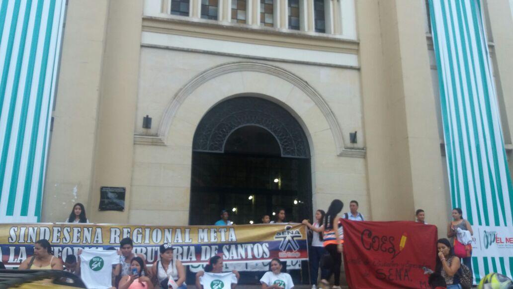 Segunda Catedral, Villavicencio, ocupada por estudiantes SENA, reclaman cumplimiento de acuerdos