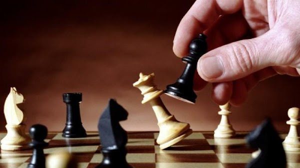 How To Play Chess In Hindi | Rules and Tricks