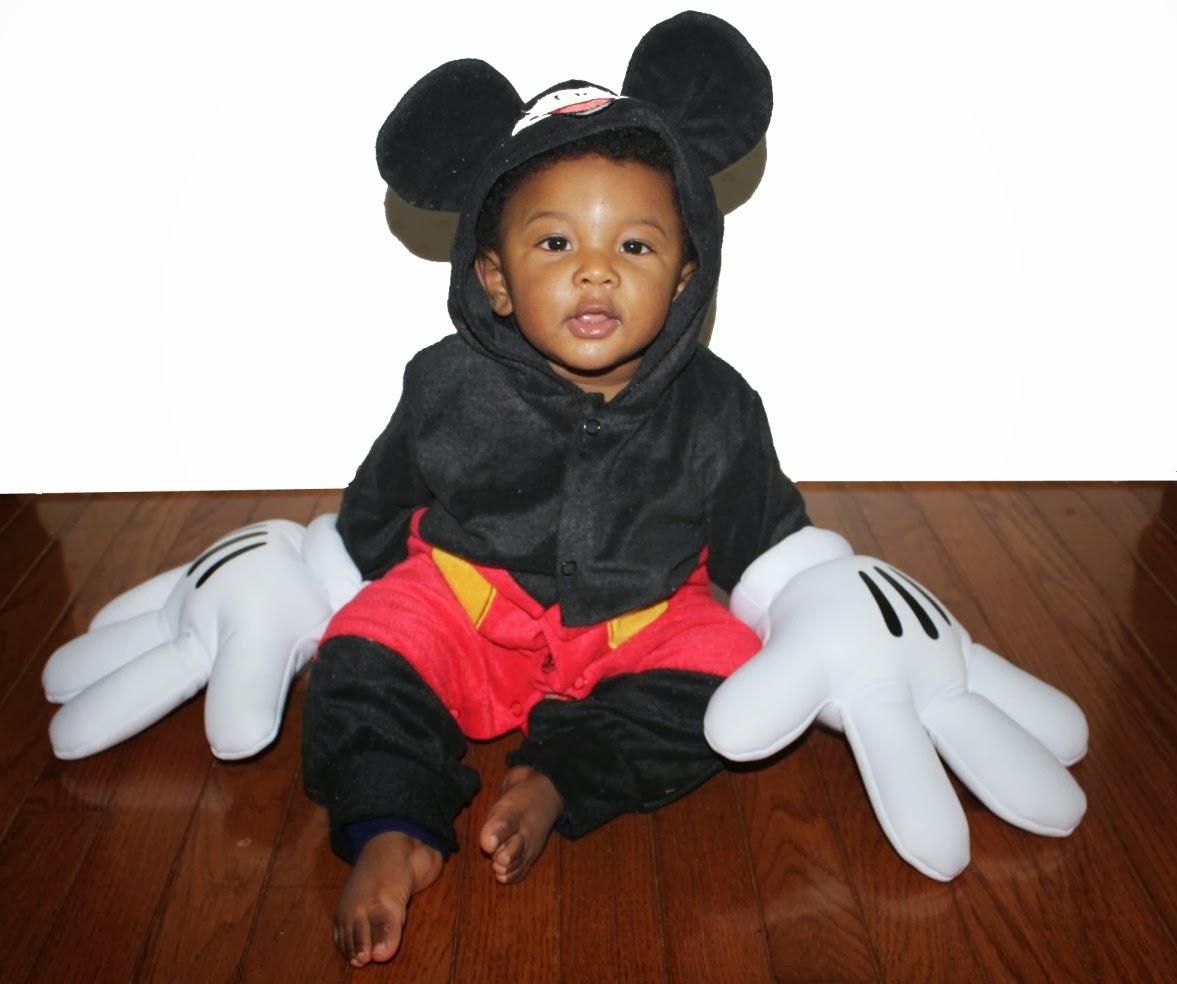 Wordless Wednesday Mickey Mouse: Wordless Wednesday: Mickey Mouse Liam #DisneySide