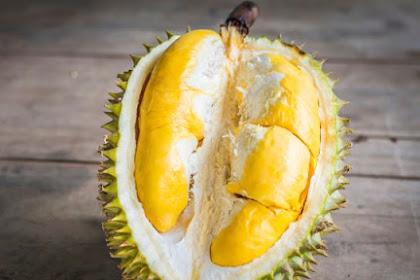 5 Efek Samping Makan Durian Terlalu Banyak