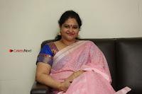 Actress Raasi Latest Pos in Saree at Lanka Movie Interview  0264.JPG