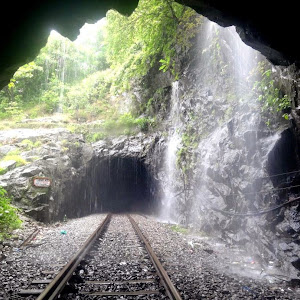 Water shower between tunnel no. 12 and 13
