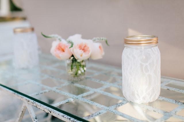 shabby+chic+wedding+spring+summer+pastel+champagne+pink+black+white+bride+groom+bouquet+ceremony+centerpiece+floral+flower+bridesmaid+dresses+dress+riverland+studios+20 - Charleston Pastel