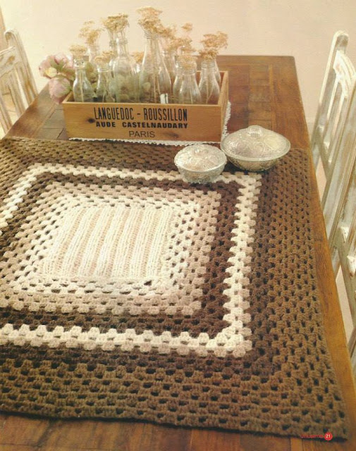 Mantel Cuadrado a Crochet