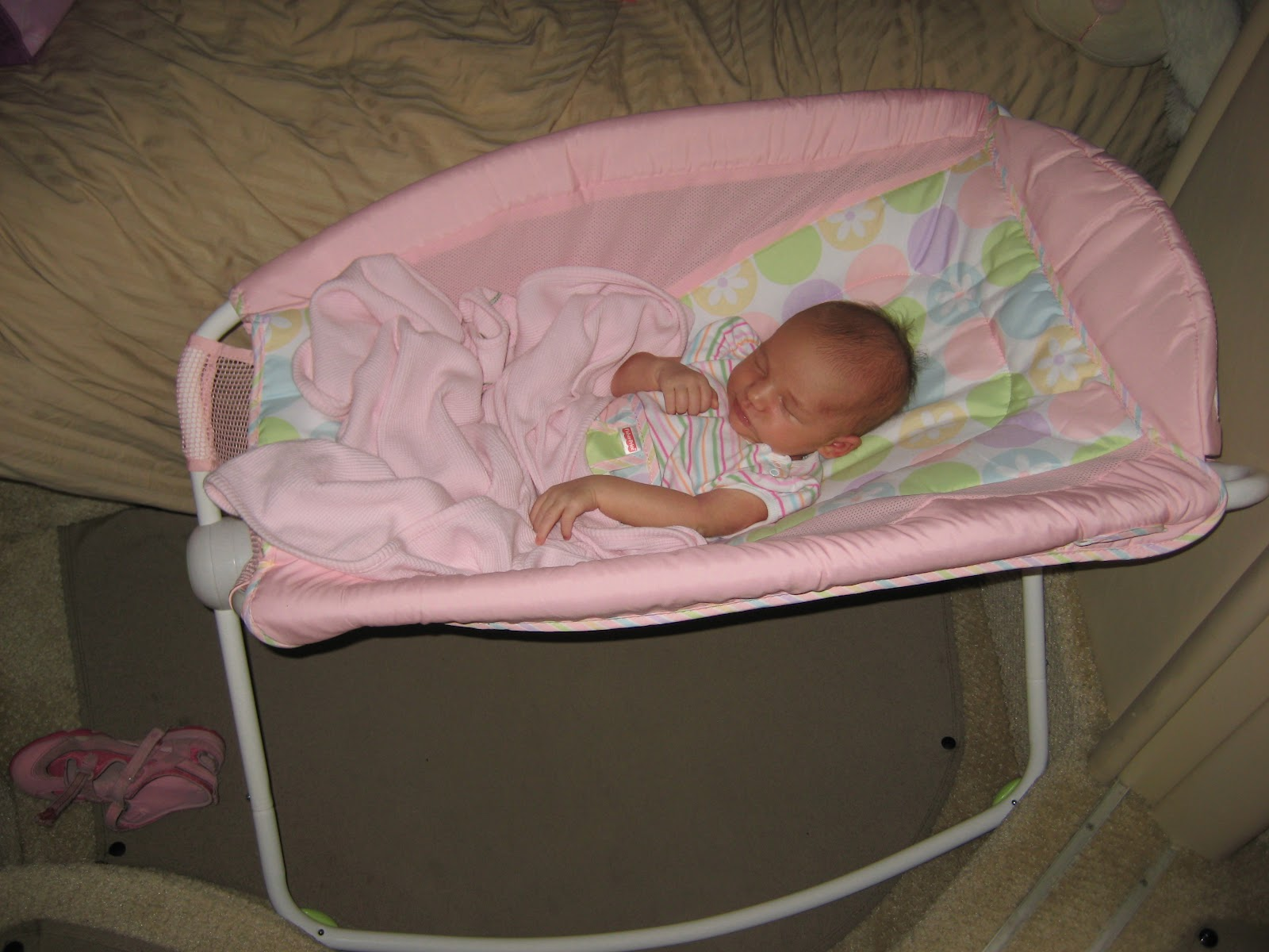 Bed Options for a Newborn Infant or Baby Sleeping on Board ... Newborn Babies Sleeping In Cribs