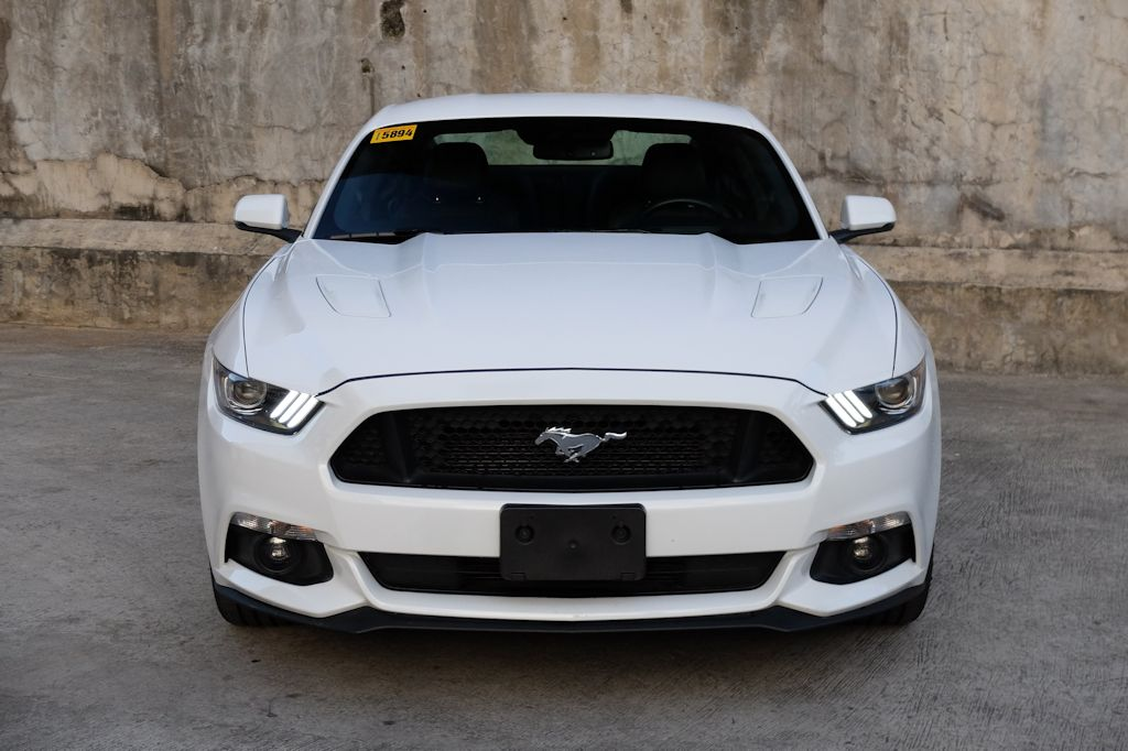 While the exterior still relies a bit on the Mustangu0027s storied past the interior removes any traces of the modelu0027s penchant for cheap plastics. & Review: 2016 Ford Mustang 5.0 V8 GT Premium | CarGuide.PH ... markmcfarlin.com