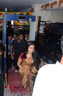 Shatamanam Bhavati Team at Sandhya Theater  0010.JPG