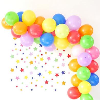 How To DIY a Balloon Garland