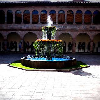Chafariz do Museo de Arte Contemporaneo, de Cusco