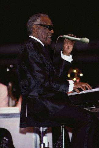 Funny Ray Charles microphone wrong way fail picture