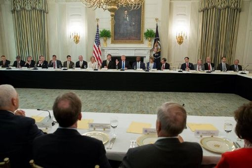 Senado EE.UU. realiza sesión para deshacer Obamacare