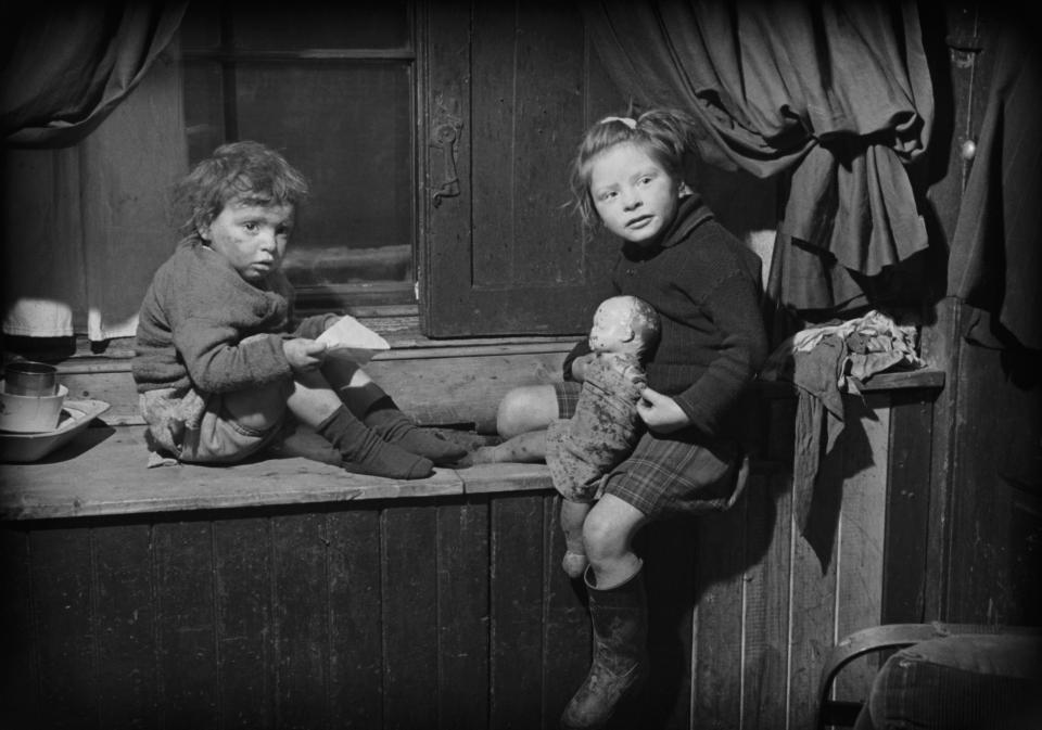 Tenement Immigration Game