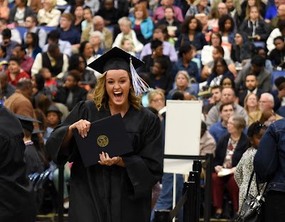 More than 1,100 earn degrees at 45th UIS Commencement ceremony
