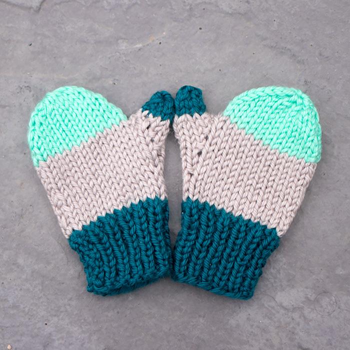 Flat Knit Kids Mittens Knitting Pattern