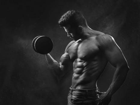 बॉडी बनाने के १० तरीके |10 Ways to build muscle in hindi