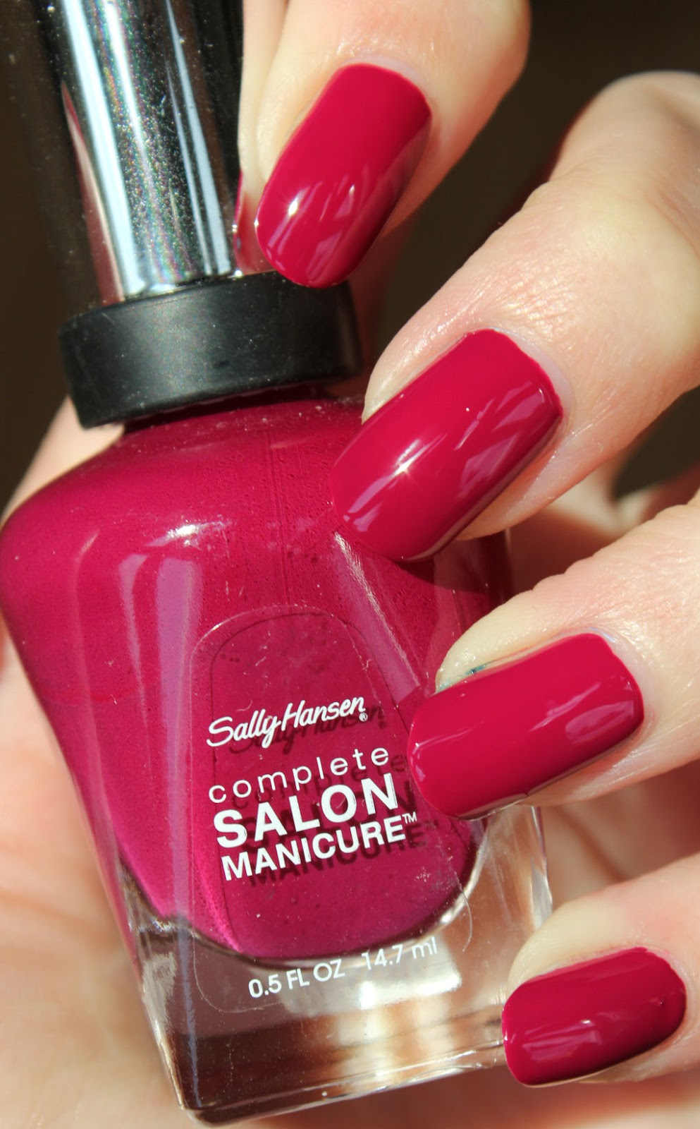 http://lacquediction.blogspot.de/2014/05/sally-hansen-415-ruby-do.html