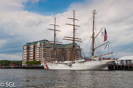 Boston a bordo del Boston duck tours desde el rio Charles