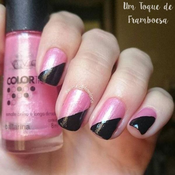 Decoração simples para unhas com esmaltes rosa e preto