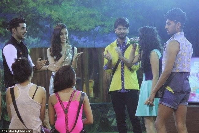 Shraddha Kapoor & Shahid at Bigg Boss Season 2 to promote their movie