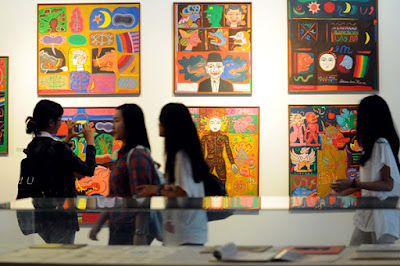 Pameran ialah salah satu kegiatan untuk memaparkan hasil gagasan dan ide karya seni rupa  Pameran Karya Seni Rupa (Pengertian, Fungsi, Tujuan, Jenis dan Unsurnya)