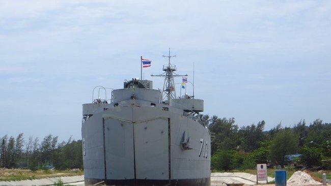 Списанный боевой корабль Таиланда