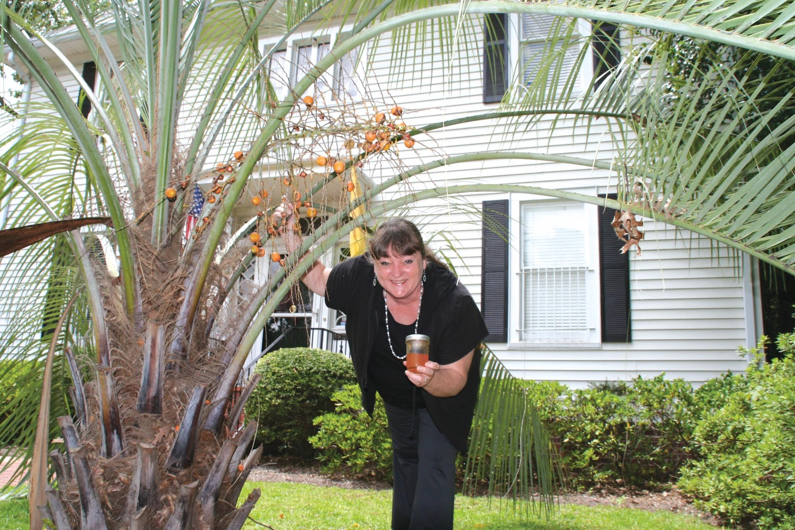 Here I Am In Front Of The Columbia Star Office Building Underneath Pindo Palm With What S Left A Jar Fruit Jelly