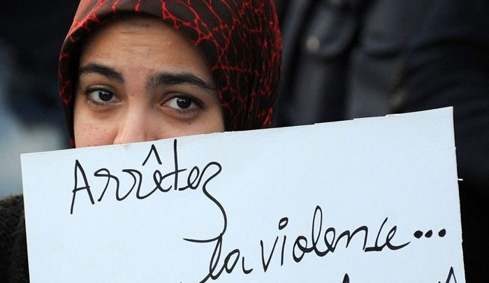 الحقاوي تعري الواقع الأسود للعنف ضد النساء