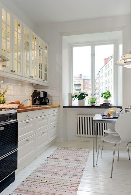 Small Kitchens  6 Ideas for Decorating  10