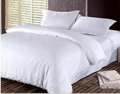 مفرش سرير فندق مخطط خطوط صغيرة