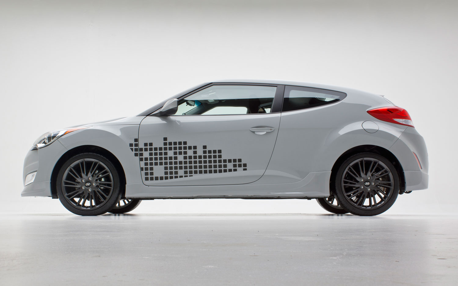 2013 Hyundai Veloster RE:MIX | New cars reviews