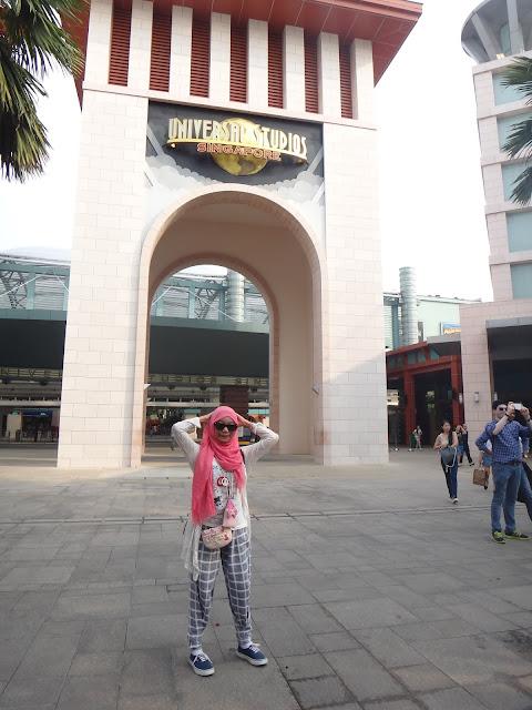 suasana sekitaran Universal Studio Singapore