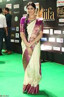 Adah Sharma looks super cute in Saree at IIFA Utsavam Awards 015.JPG