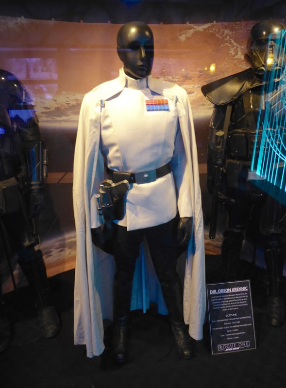 Ben Mendelsohn Rogue One Director Orson Krennic costume