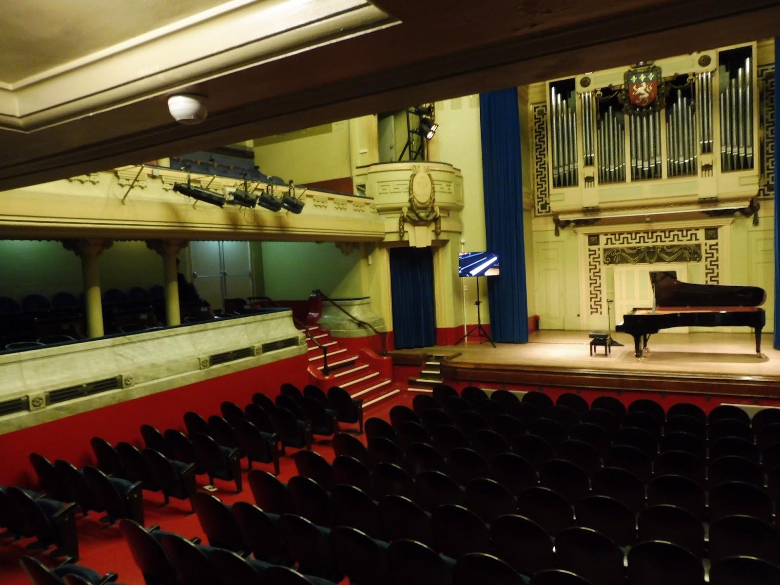 Khatia Buniatishvili A La Salle Moliere Dans Le Cadre De Piano A