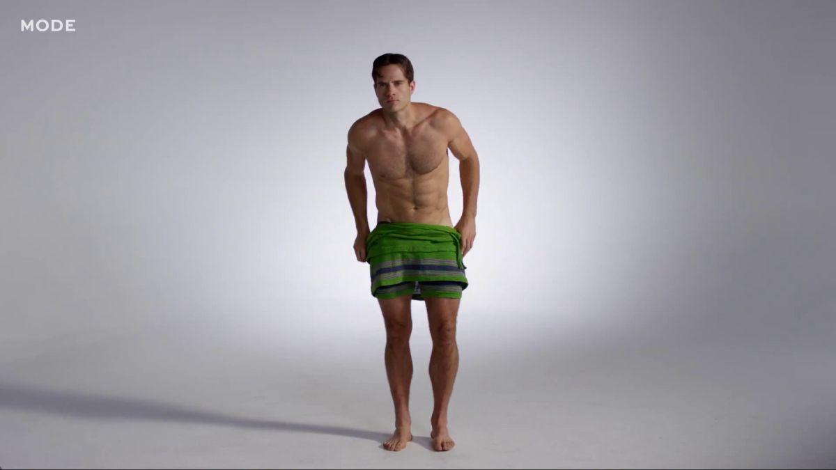 La moda dei costumi da bagno maschili negli ultimi cent\'anni