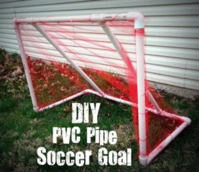 Gawang gol terbuat dari pipa PVC (paralon)