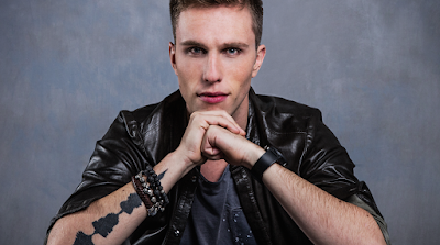 """Lirik Lagu Nicky Romero - Be Somebody"""