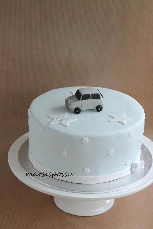 Kakku nimenantojuhliin