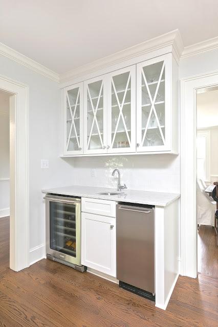 kitchen remodel renovation charleston transitional glass upper cabinets