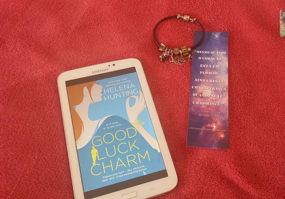 Resenha | Good Luck Charm - Helena Hunting