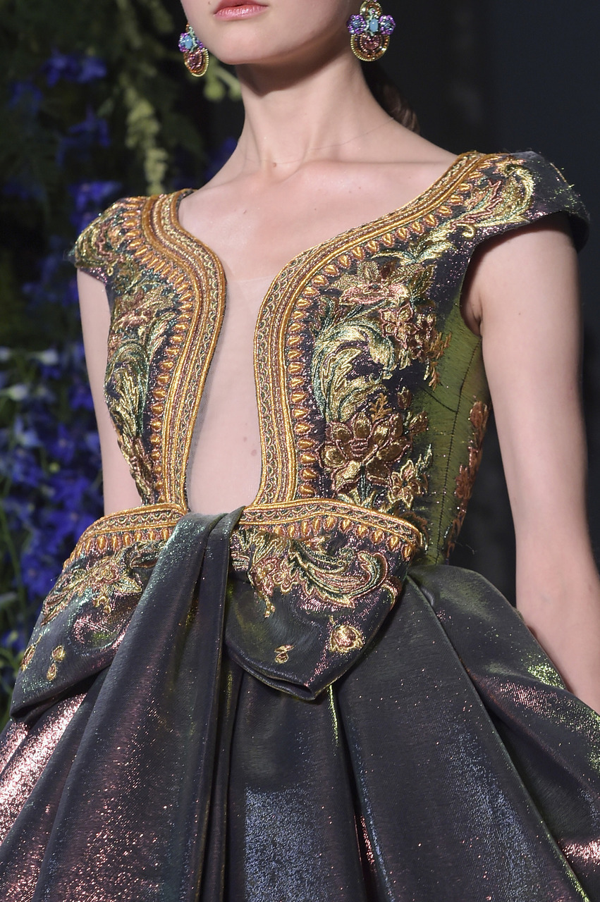 Guo Pei Couture Paris