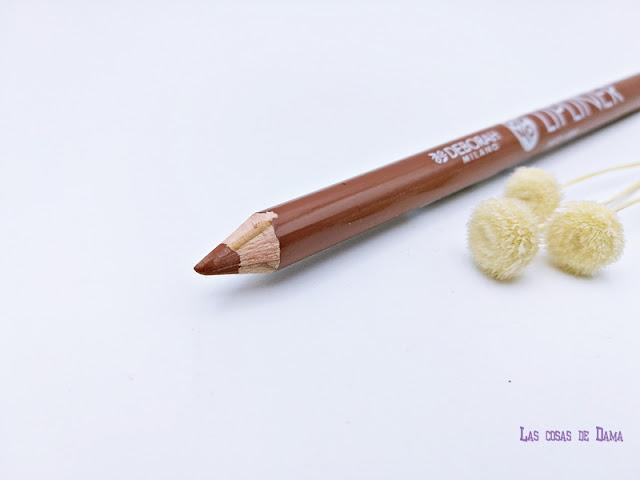 Deborah Milano Atomic Red Mat lipstick labiales makeup maquillaje novedades lip liner