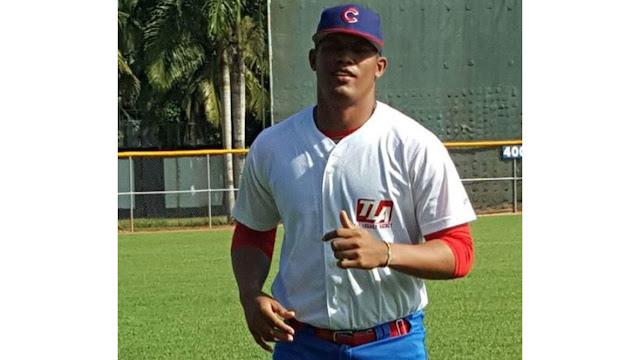 """Tamayo, que está entrenando en Dominicana, anda en muy buenas condiciones y los reportes de scouts indican que al verlo la reacción es """"Apaguen las luces. Un gran repertorio"""" Foto: Fuentes de SwingCompleto"""