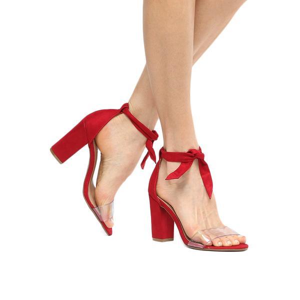2f578660f0 Chic e Fashion  Muita transparência nos calçados da Zattini
