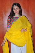 simrat junejna gorgeous photos-thumbnail-4
