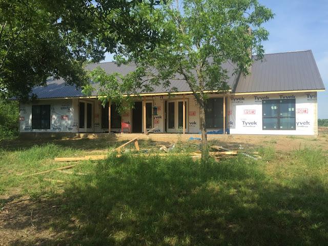 farmhouse exterior inspiration- House Homemade
